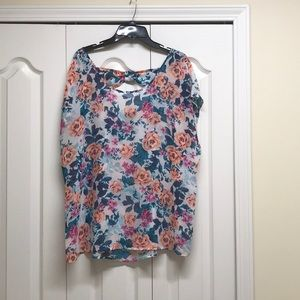 Torrid mini short sleeves see through floral top